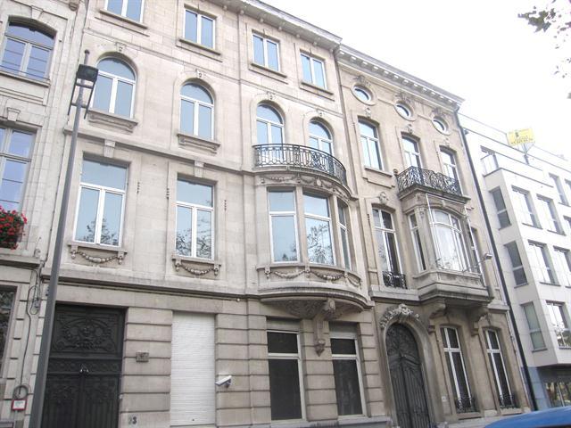 Makelaarskantoor De Meester, Kantoor|Herenhuis te 2000 Antwerpen