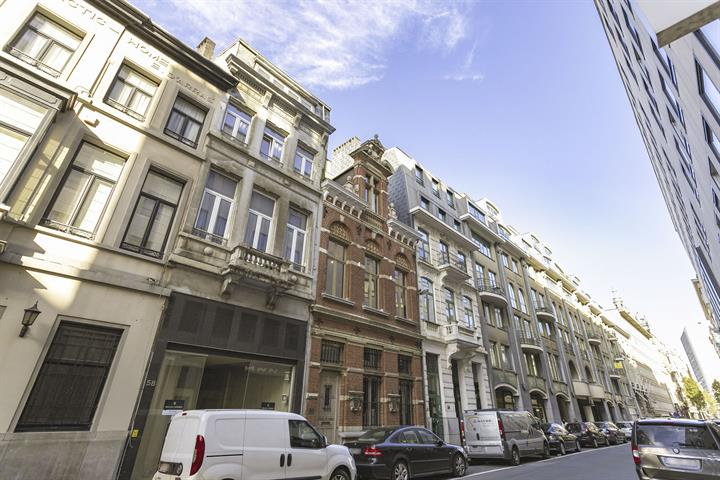 Makelaarskantoor De Meester, Huis Herenhuis te 2000 Antwerpen