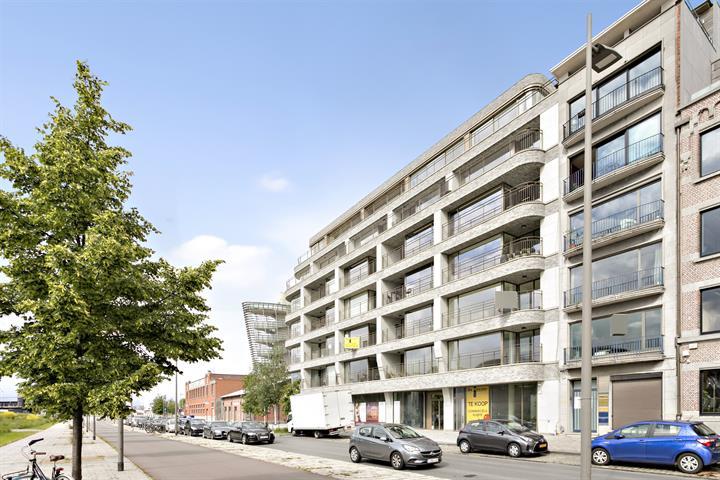 Makelaarskantoor De Meester, Commercieel Commercieel gelijkvloers te 2000 Antwerpen